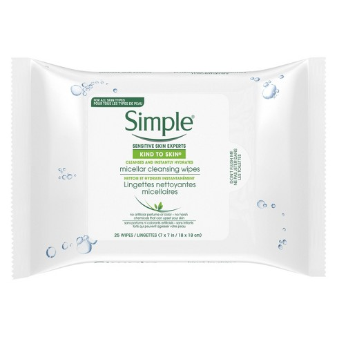 Moisturizing face wipes